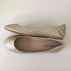 CATHY JEAN Flats CATHY JEAN gold quilted flat shoes. Brand new in box! Soft and comfortable. Size 10. Cathy Jean Shoes Flats & Loafers