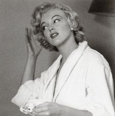 Marilyn Monroe by Jock Carroll, June, 1952