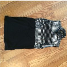 Maurice's white and black polka dotted fit top Maurice's white and black polka dotted fit top size small Maurices Tops Tank Tops