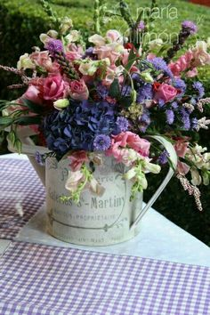 Precioso #Arreglosfloralesparamesa