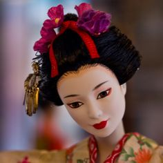Barbie geishas this is collector doll collection and face is made of ceramic, not PSH40