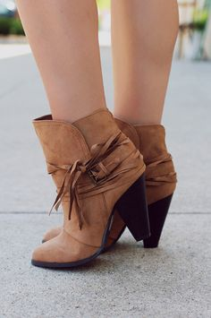 Boho Faux Suede w/ Fringe Chunky Heel Bootie RAELYNN-13 | UOIOnline.com: Women's Clothing Boutique