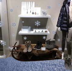 Moon Boots Kollektion HW18 - die perfekten Begleiter im Schnee - die neuen Modelle - Shop online www.strauch.at Moon Boots, Shops, Snow, Boots, Bags, Tents, Retail, Snow Boots, Retail Stores