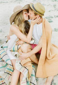 beach engagement film 21 Charlene + Sean : love session