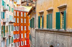 Badass + Living 5 Things to Consider Before Moving Abroad Buying Property In Italy, Property Guide, Best Of Italy, Living In Italy, How To Apologize, Life Is Good, Rome, Building, 5 Things