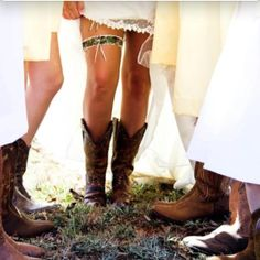 Country chic with camo garter! Photography by Brooke Rae photography Wedding Boots, Camo Wedding, Wedding Pics, Dream Wedding, Camouflage Wedding, Trendy Wedding, Wedding Stuff, Wedding Ideas To Make, Wedding Ring For Him