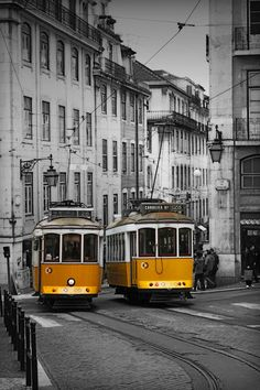 Old trams, Lisboa Rail Transport, Public Transport, Lisbon Tram, Tramway, Old World Charm, Train Tracks, Capital City, Places To See, Transportation