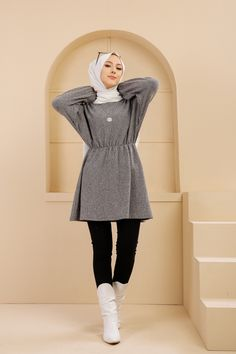 Hijab Fashion Summer, Korean Fashion Dress, Modesty Fashion, Muslim Fashion, Classy Work Outfits, Stylish Outfits, Girls Fashion Clothes, Fashion Outfits, Dresses