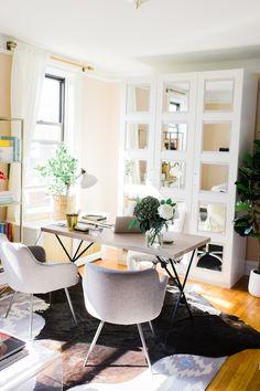Courtney Grace Peterson's Office Tour | theglitterguide.com