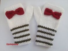 YouTube Cute Crochet, Crochet Crafts, Diy Couture, Fingerless Mittens, Knit Fashion, Mitten Gloves, Neck Warmer, Knitting Patterns, Beanie