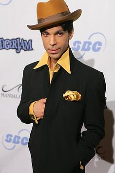 Prince- Looking real dapper! youtubemusicsucks.com #prince #theartist #funkmusic......  [March 2016]   Also, Go to RMR 4 BREAKING NEWS !!! ...  RMR4 INTERNATIONAL.INFO  ... Register for our BREAKING NEWS Webinar Broadcast at:  www.rmr4international.info/500_tasty_diabetic_recipes.htm    ... Don't miss it!