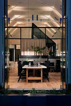 Restaurant Hospitality Design Inspiration: The Old Library Restaurant Interior Design, Cafe Interior, Interior And Exterior, Design Café, Cafe Design, House Design, Cafe Bar, Commercial Design, Commercial Interiors