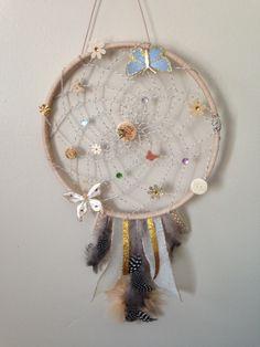 Medicine Wheel, Dreamcatchers, Decoration, Chandeliers, Fairies, Feathers, Diys, Wheels, Butterfly