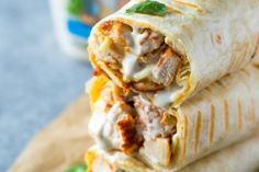 Chicken Ranch Wraps - Healthy grilled chicken and ranch wraps are loaded with chicken, cheese and ranch. These tasty wraps come together in under 15 minutes and make a great lunch or snack! Dinner Sandwiches, Wrap Sandwiches, Healthy Sandwiches, Vegetarian Sandwiches, Panini Sandwiches, Chicken Wrap Recipes, Grilled Chicken Leftover Recipes, Chicken Tortilla Wraps, Buffalo Chicken Wraps