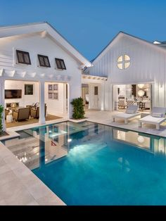 Indeed, people build pool house add beauty value to the owner's property. Find out most popular Pool House Ideas around the net here! Modern Farmhouse Exterior, Farmhouse Chic, White Farmhouse, Farmhouse Ideas, Farmhouse Landscaping, Pool Landscaping, Farmhouse Design, Future House, Strand Design