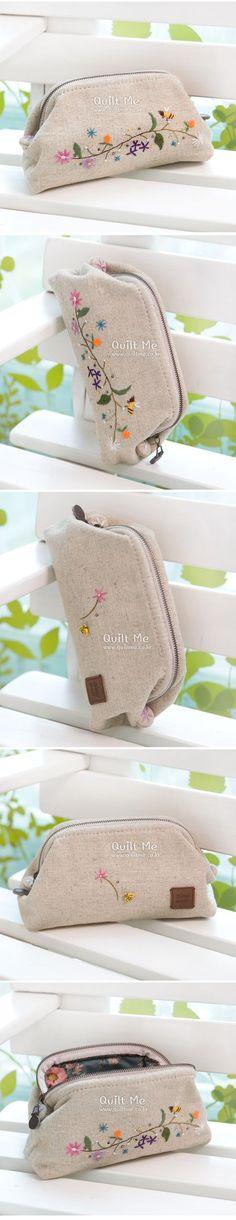 [린넨 자수 휠파우치] Diy Bags Purses, Pouch, Wallet, Bag Patterns To Sew, Small Bags, Handmade Bags, Bag Making, Couture, Needlework