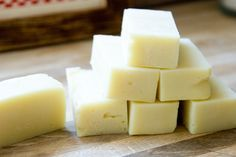 DIY: Homemade Castile Shampoo Bars with Tea Tree and Peppermint