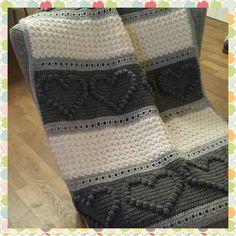 Still in lve with my baby blanket! Nog steeds verliefd op mijn eerste baby dekentje! by whatsteffiedoes