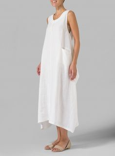 Regular loose fit in his beautiful sophisticate dress.Button up to the back for a new totally different style. (Plus size available) Miss Me Outfits, Long Dress Patterns, Plus Clothing, Sophisticated Dress, Daily Dress, Funky Fashion, Linen Dresses, Sewing Clothes, White Dress