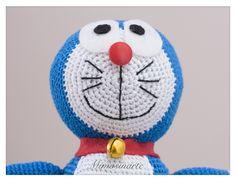 Compuesta por 40 pañales y un amigurumi hecho a mano con hilo de algodón. Según la tradición japonesa dan suerte y protegen al bebé. Olaf, Snowman, Disney Characters, Fictional Characters, Nappy Cake, Pies, Hand Made, Amigurumi, Snowmen