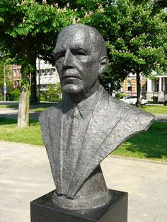 L. Jamin (1881-1953), zoon van C. Jamin Werk van R.J. Donker (2013) — bij Loos.