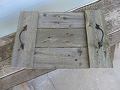 easy reclaimed wood trays, carpentry  woodworking, pallet projects, repurposing upcycling, This is one version with the cross boards on top