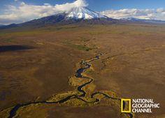 Descubra os lugares naturais mais fascinantes do mundo. Rússia Selvagem #NatGeo http://www.natgeo.com.br/russiaselvagem