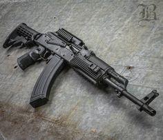 From @bulletsandbarbells ・・・ Its AK FRIDAY let's see um @lopezinhd @leos_19xx @guns_n_at @frodogg8 #guns #gunporn #ak47 #kalashnikov #kalash #762x39 #kalashlife #gun #guns #gunporn #gunsdaily #gundose...