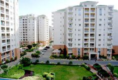 Supertech Capetown Noida is a sterling residential property in Sector 74 Noida. It offers 2/3/4 bhk flats at reasonable price.