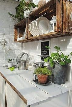 How to Build Outdoor Kitchen Cabinets? How to Build Outdoor Kitchen Cabinets?,Cuisines & Sales à manger Kitchen Kitsch Related posts:rete radiante elettrica per parquet - homeDIY Lochbrett Pinnwand selber machen - Boho and Nordic. Outdoor Kitchen Cabinets, Build Outdoor Kitchen, Outdoor Kitchen Design, Outdoor Kitchens, Rustic Kitchen, Kitchen Shelves, Kitchen Storage, Kitchen Countertops, Vintage Kitchen