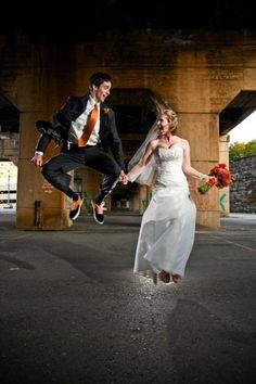 Wedding Photography Ideas : Real Wedding: Jennifer & Thomas  The Brides Cafe #wedding #jump