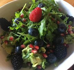 Avocado Berries Salad with Lemon Olive oil vinaigrette #luchiachia # ...