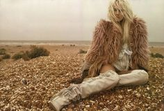 amahzing. Lusting over those Isabel Marant fringe boots!!