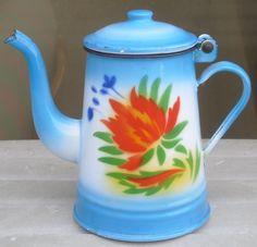 PETITE CAFETIERE ANCIENNE EN TOLE EMAILLEE BLEUE FLEURS OLD ENAMEL COFFEE