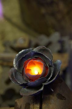 Hot forging a rose by Tom Fell - Blacksmith
