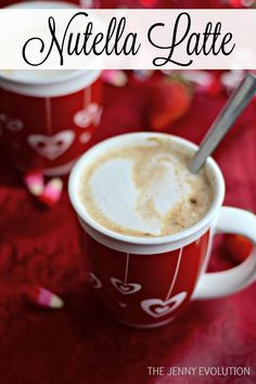 How can anyone not love Nutella with all their heart? Enjoy these 55 Nutella recipes that'll blow your mind… Coffee Drink Recipes, Tea Recipes, Coffee Drinks, Smoothie Recipes, Kitchen Recipes, Smoothies, Cafe Latte Recipe, Nutella Cafe, Nutella Mocha