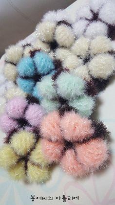 제 블로그에 있는 목화솜 꽃송이수세미를 다시 한번 알리고 홍보하려고 해요 이유는 여러가지가 있는데 ~ ... Knit Crochet, Crochet Patterns, Presents, Knitting, Creative, How To Make, Handmade, Amigurumi, Glamour