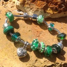Green!  Choose YOUR favorite color and enter to win at: http://www.rafflecopter.com/rafl/display/33ea848 #Green #Aranji #Bracelet