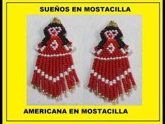 PENDIENTES Y COLGANTE DE ARBOITOS DE NAVIDAD CON SUPERDUO - YouTube Seed Bead Earrings, Beaded Earrings, Seed Beads, Drop Earrings, Brick Stitch, Native American, Hello Kitty, Crochet Hats, Pop