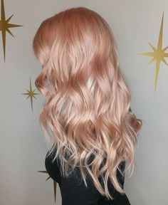 2019 summer hair color trend - pastel hair color - Icy Rose tint on Gold ombre - pink - Icy rose gold - wavy hair Summer Hairstyles, Cool Hairstyles, Hairstyles Videos, Formal Hairstyles, Ponytail Hairstyles, Evening Hairstyles, Homecoming Hairstyles, Elegant Hairstyles, Popular Hairstyles