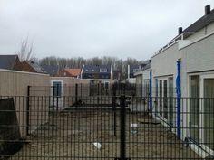 #Nieuwbouw woningen met #dubbelstaafmat #hekwerk