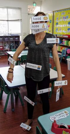 Label the Teacher! Kids absolutely Love this activity. Use the word cards from my store at TpT and ask individual children in your class to label you by sticking it on you using sticky tape. Human Body Activities, Kids Learning Activities, Preschool Activities, Listening Activities, Preschool Labels, Body Preschool, Efl Teaching, Teaching Skills, Learning English For Kids