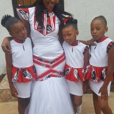 New African Stylish fashion clothing Tips 7866011386 South African Traditional Dresses, Traditional Wedding Dresses, African Wedding Attire, African Fashion Designers, African Wear, Fashion Outfits, Fashion Ideas, Flower Girl Dresses, Summer Dresses