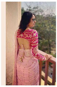 Blouse Back Neck Designs, Silk Saree Blouse Designs, Fancy Blouse Designs, Bridal Blouse Designs, Choli Blouse Design, Blouse Designs Catalogue, Stylish Blouse Design, Designer Blouse Patterns, Sherwani