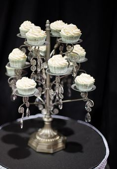 Chandelier Cupcake Stand- so pretty! Will have to try to DIY!
