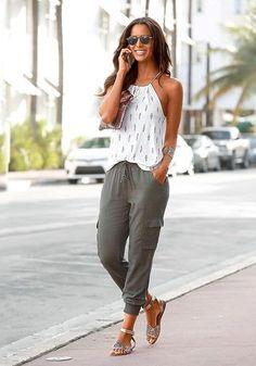 100 Casual Summer Outfit Ideas » Lady Decluttered Black Women Fashion, Look Fashion, Womens Fashion, Fashion Fall, Trendy Fashion, High Fashion, Fashion Check, Fashion Night, Fashion 2018