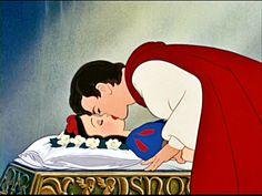 Resultados da Pesquisa de imagens do Google para http://genderspeaking.files.wordpress.com/2012/06/snow-white-the-prince-disney-princess-19089827-1024-768.jpg