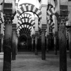 Photography by: Daniyal Farhani In: Córdoba Of: Mezquita-catedral de Córdoba Camera: Canon PowerShot G10 F-stop: f/2.8 Exposure time: 1/13 sec ISO speed: ISO-320 Max aperture: 2.96875 Copyright: CRADink All Rights Reserved.