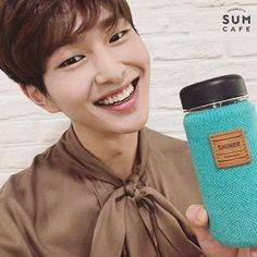 Find images and videos about SHINee, key and Taemin on We Heart It - the app to get lost in what you love. Onew Jonghyun, Lee Taemin, Minho, Shinee Albums, Lee Jinki, Kim Kibum, Good Smile, Kpop, Tecnologia