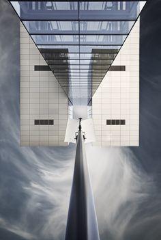 ☮ Unique Modern Architecture symmetry by Bildwerker Freiburg, via 500px